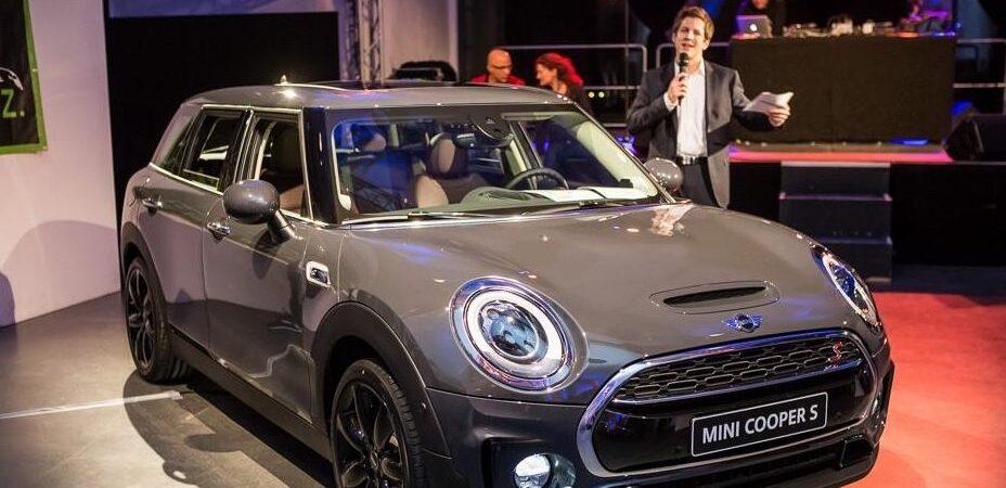 Daniel Schüler präsentiert den neuen Mini Cooper S